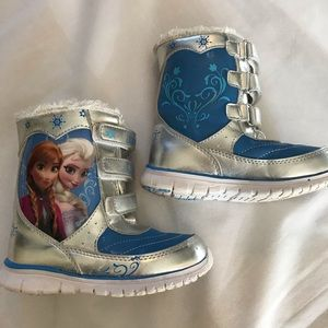 Frozen Elsa & Ana snow boots Sz 10 girls toddler